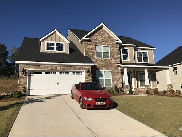 Brand new luxury home for Masters week - Evans