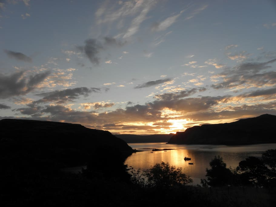 Sunrise over Raasay & Ben Tianvaig, the view from the breakfast room