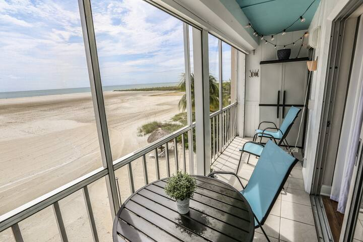 Beautiful Remodeled Condo on the South End of the Island