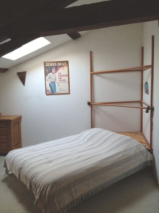 Chambre de 25 m2 lit 160 *200