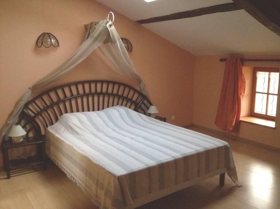 Chambre de 22 m2 lit 160*200