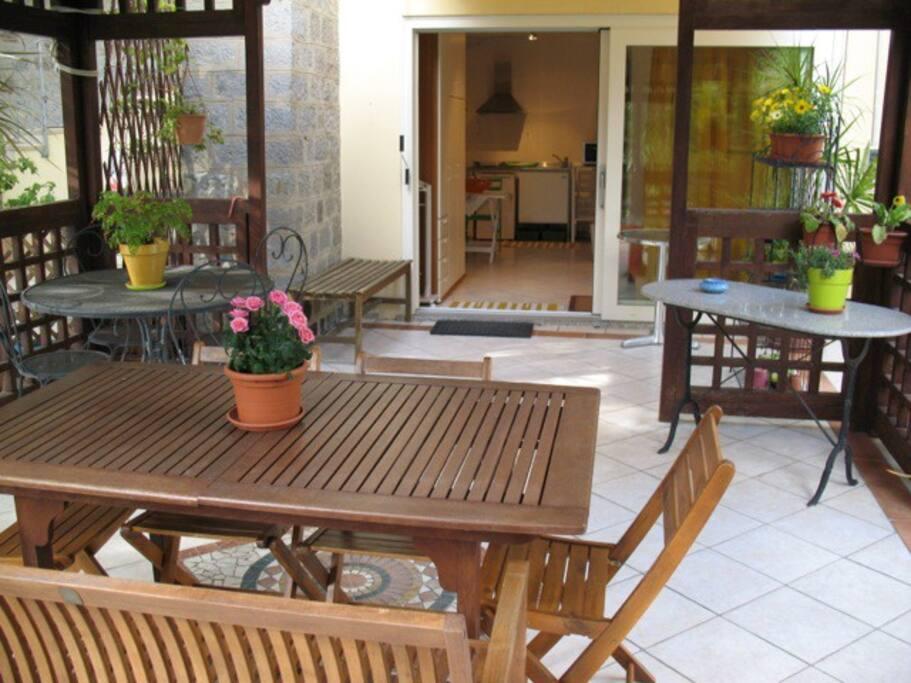 patio con gazebo
