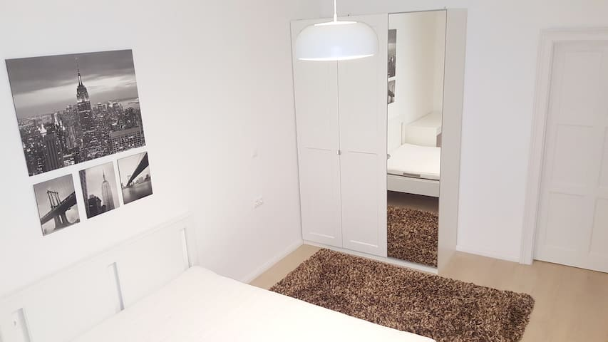Exclusive and fully furnished sunny studio