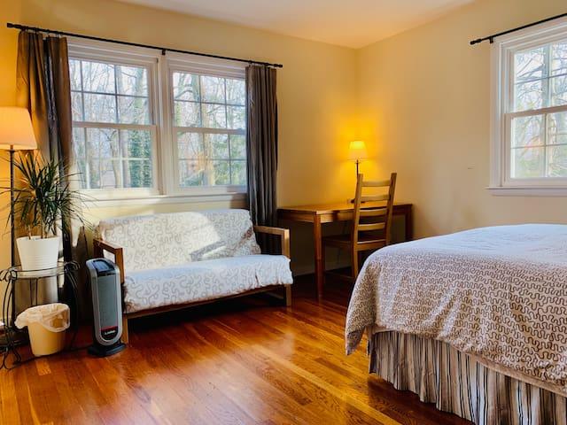 (B) Princeton Room