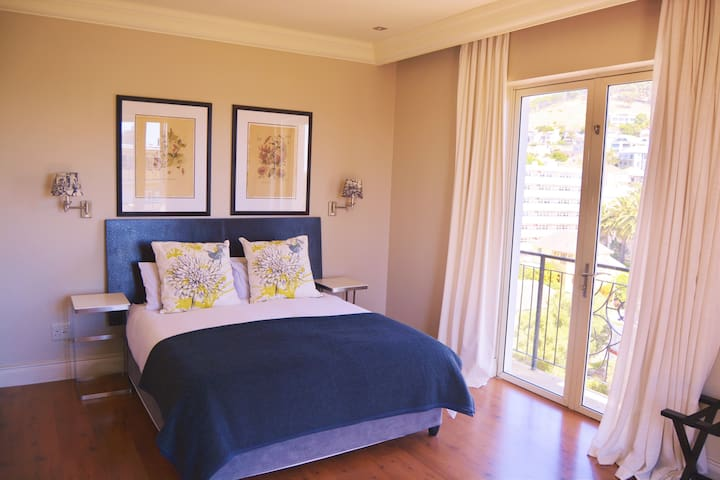 5 Star Cape Royale Luxury Suite - Cape Town - Apartment