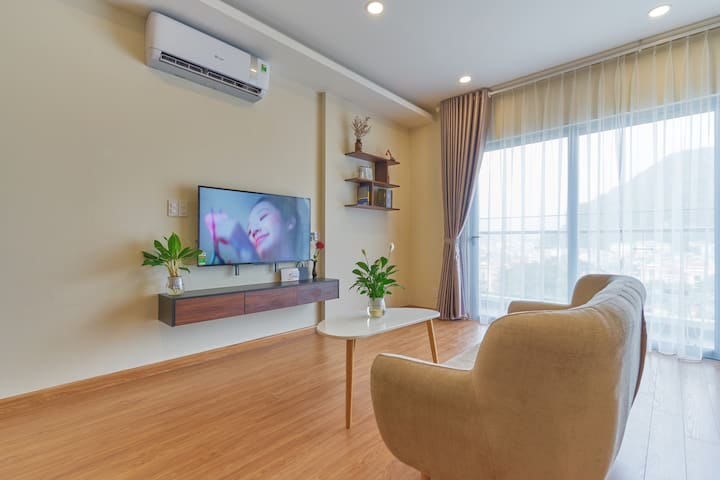Comfy sofa with great City and Sea view from the living room. Smart Tv 50 inch with Netflix, Youtube