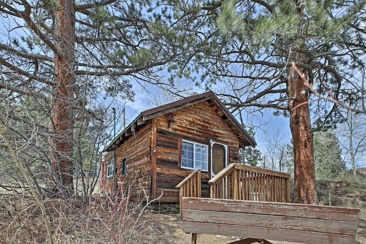 Cozy Cabin Near Rocky Mountain National Park!