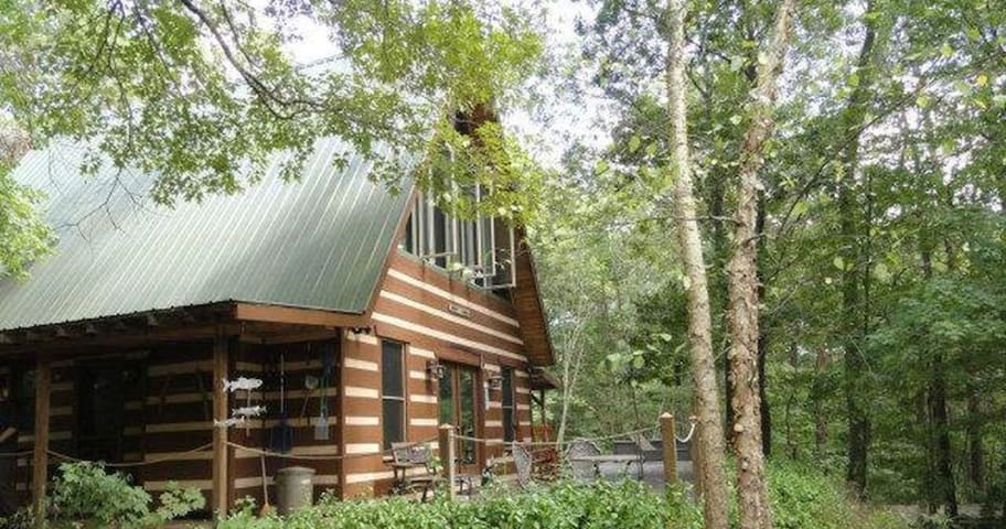 Hampton Ridge Cabin Get-Away