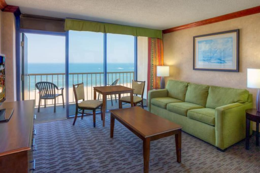 Beach Quarters Resort Ocean Front 1 Bedroom Suite Serviced Apartments For Rent In Virginia