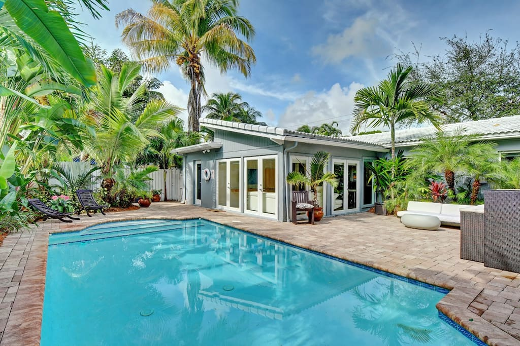 Beautiful Pool Home In Heart Of Fll Houses For Rent In