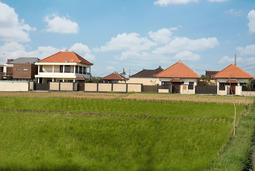 The Property is surrounded by rice view, giving you nice breeze from the rice field and Berawa Beach close by