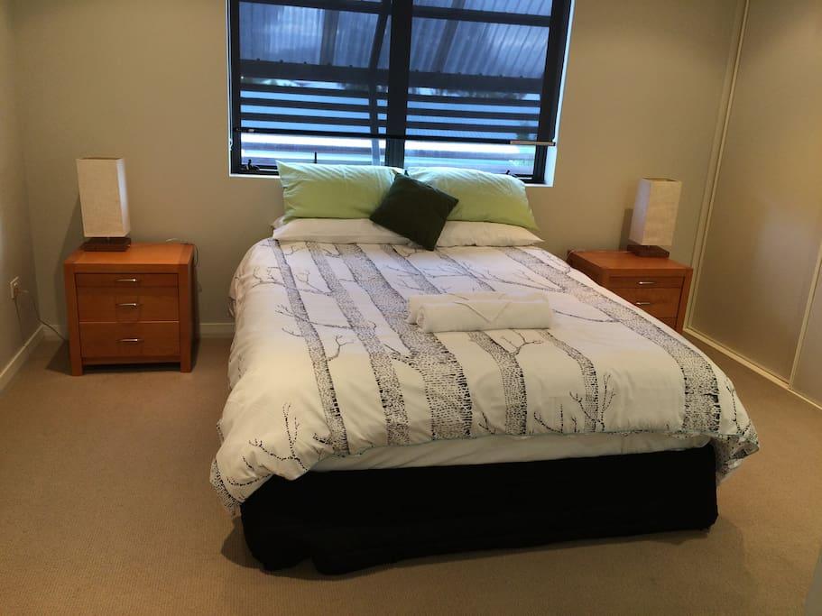 Queen bed in Main/en-suite bedroom-Airconditioned