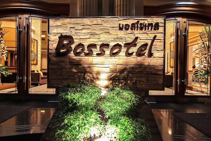 28 Sqm. Room Bossotel  Bangkok BTS Saphan Taksin