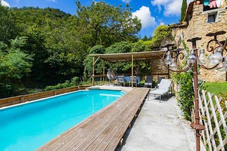Casa Muzio - Liguria, rural, pvt gdn&pool, sea 20'