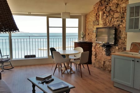 Lovely flat facing the sea - Menton