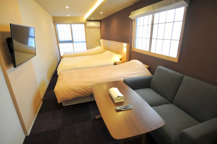 Family Apt. Kyoto-Nijoujou ・5 mins Walk to Station