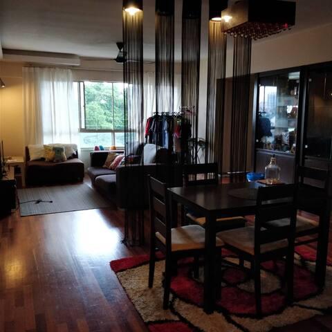 Cosy Room Near to LRT