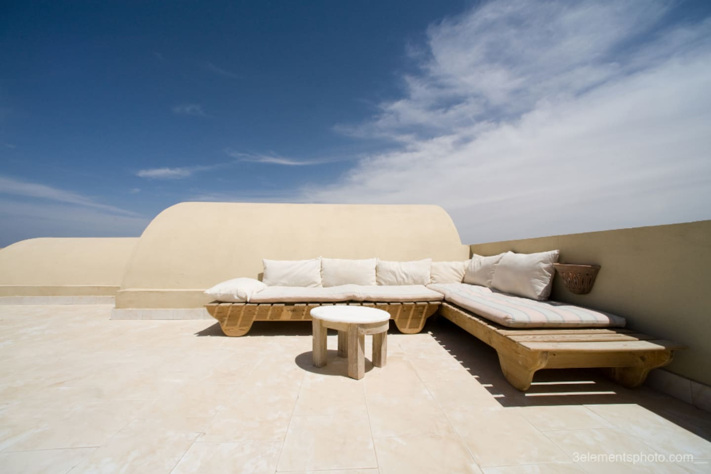 Roof terrace - perfect for sunbathing or star-gazing!