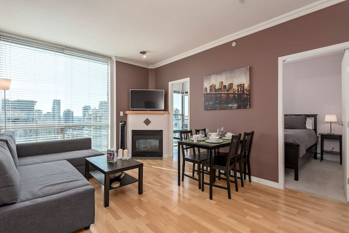2 Bedroom Apartment Downtown - Vancouver - Lägenhet