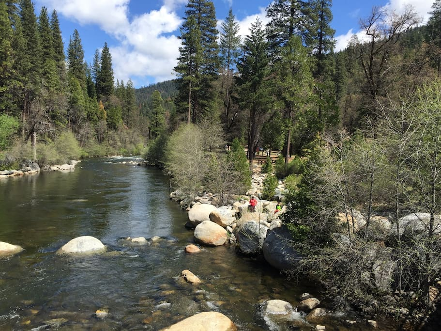Ka Luu Hep Yoo  (wild river in native language) hiking, nature, trails, camping. 4 miles from the cabin