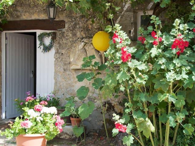 Romantic getaway - Villemorin - Huis