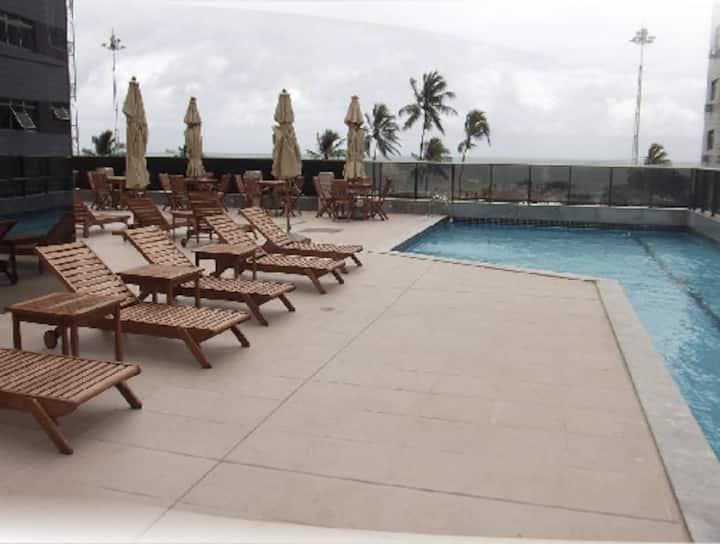 Hotel e Flat em frente à praia!