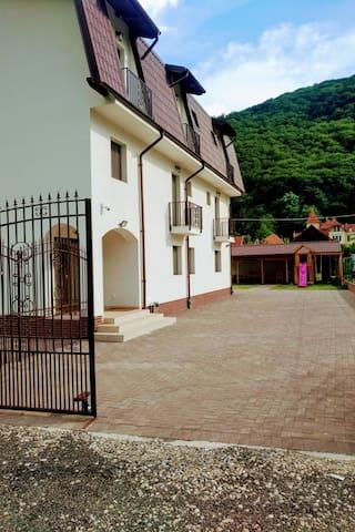 Vila TeoDora