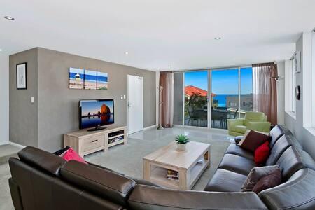 Catalina Luxury Apartments 9 - Blue Bay