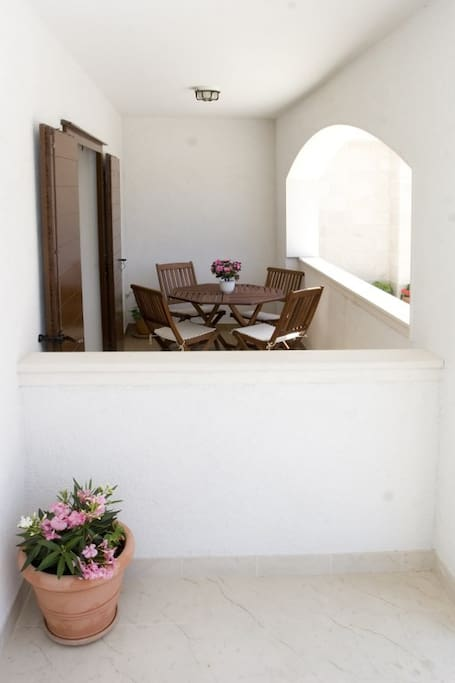 One bedroom apartment PUCISCA, Pucisca Brac island, balcony