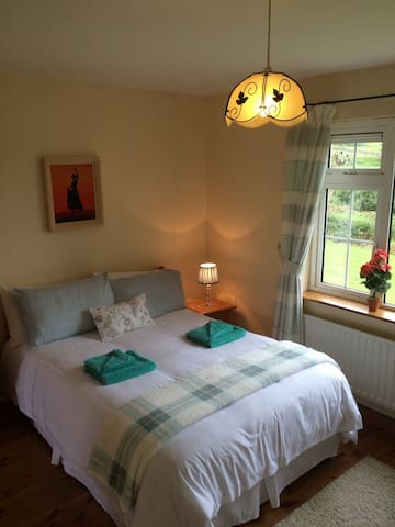 Cosy ,Compact,  Countryside Apt 6 KLM  from DINGLE - Dingle - Departamento