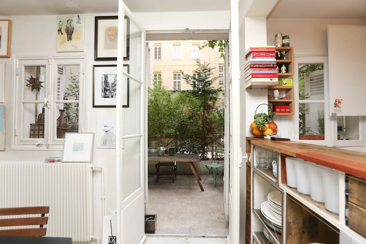 Little House in the Marais- A Haven - Paris - Rumah