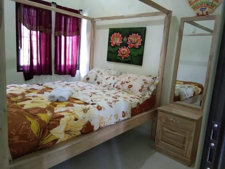 Shared room in Sambangan, visibly part of nature.
