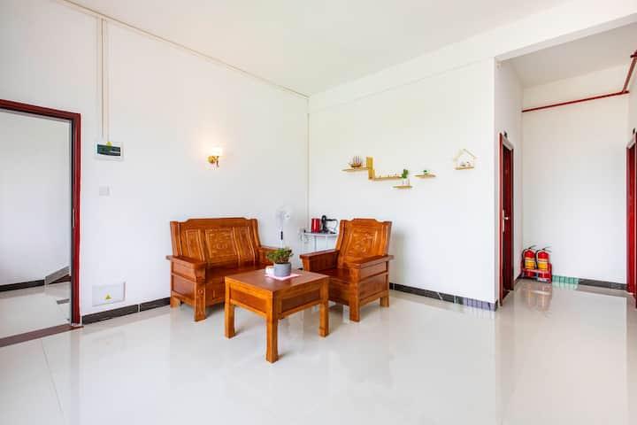 乡情民宿3房1厅3卫近黄腾峡、金鸡岩、牛鱼嘴风景区,可容纳7人