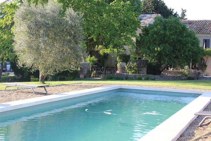 Gite dans un mas en campagne - Saumane-de-Vaucluse - Apartamento