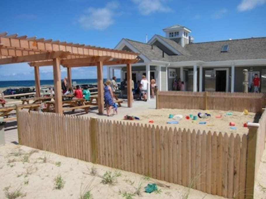 Sandy Neck Bath House and Grill