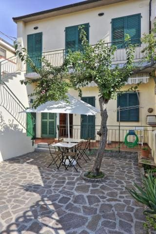 Accommodation in the heart of Marina die Campo - Apartment L'Arancio