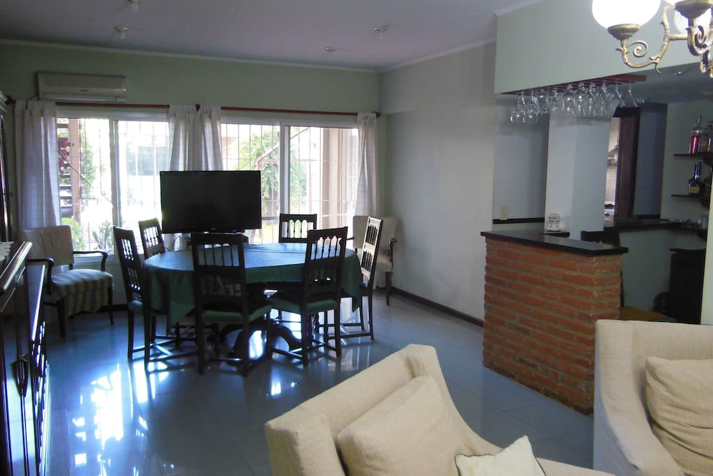 Living Room / Dining Room / Bar
