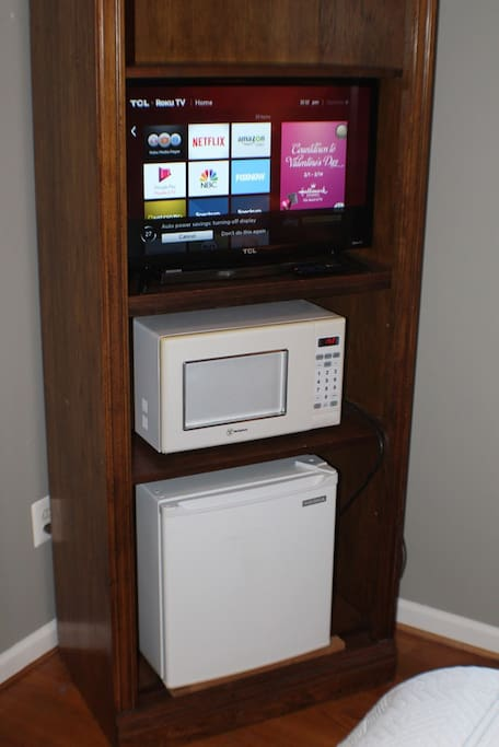 BR #1 with Smart TV, Microwave, and Refrigerator
