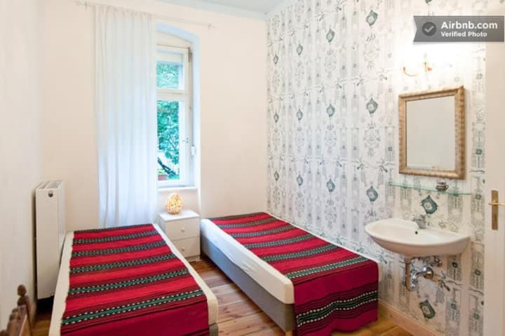 Annettes Zimmer in Berlin-Tempelhof
