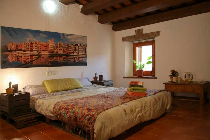 Enjoy and relax in Girona - Gerona - Huis