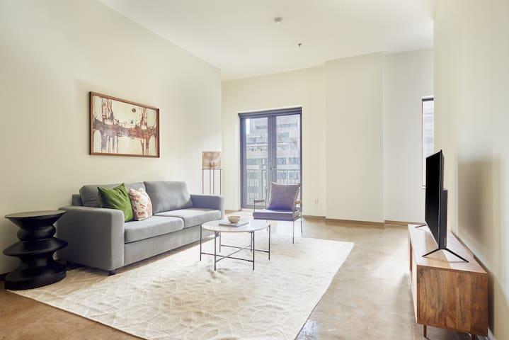 Sonder | DPL Flats | Bright 1BR + Sleeper Sofa