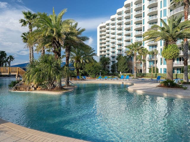 Beautiful, spacious, 2BR, 2BA condo in Destin, FL