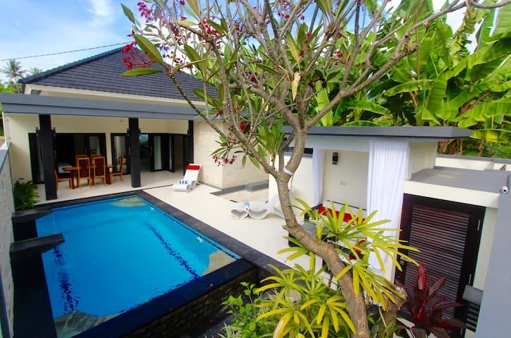Villa 2 Brook (tubruk) Lovina Beach North Bali
