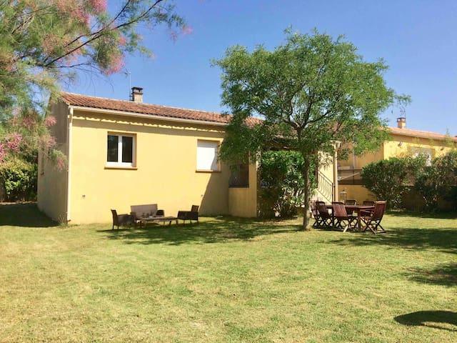 Maison familiale | Jardin & Piscine | Nîmes ~ Uzès