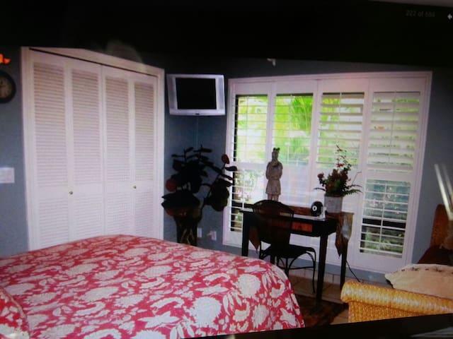 Kaanapali luxury room