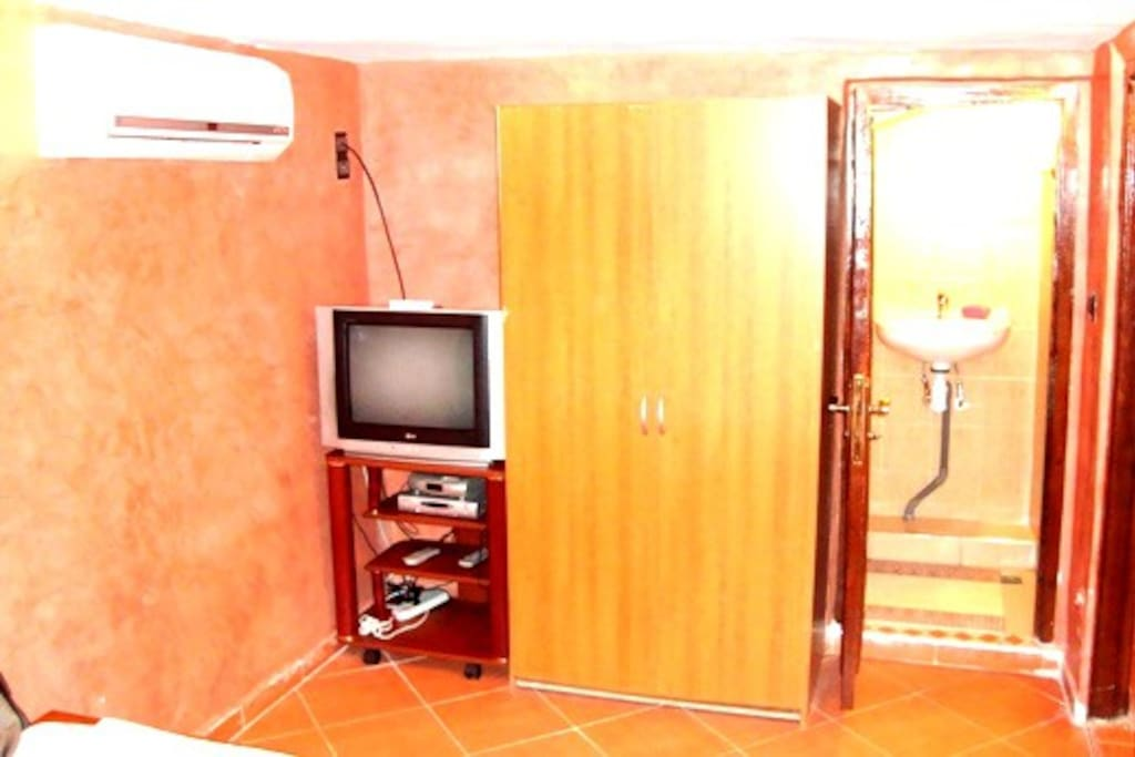 Studio M7 with Terrace and wifi