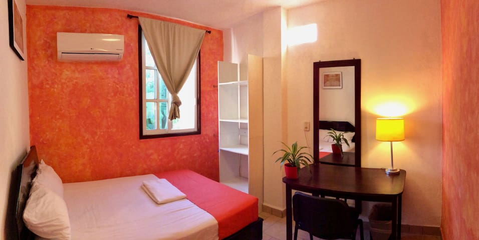 Beautiful cozy room near Chetumal Bay & University - Chetumal - House