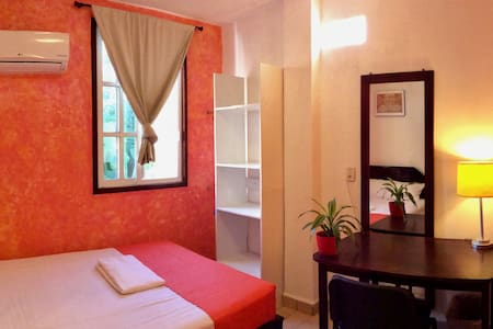 Beautiful cozy room near Chetumal Bay & University - Chetumal - Hus