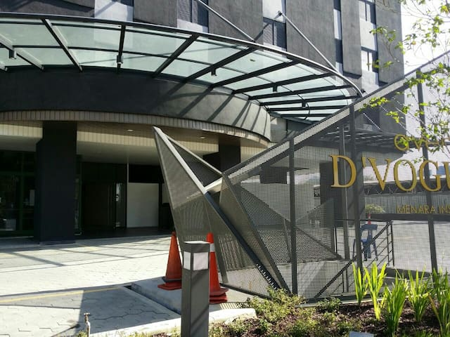 one room studio apartment with 24 hrs security - Petaling Jaya