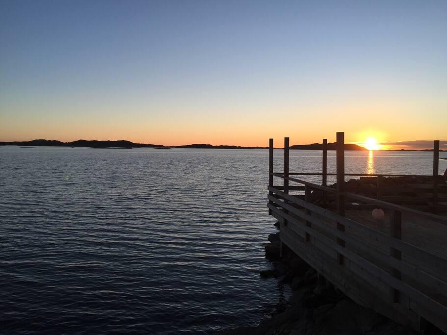Solnedgång vid havet är bara så vackert!